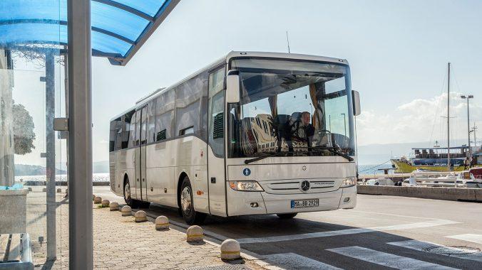 Bus et minibus